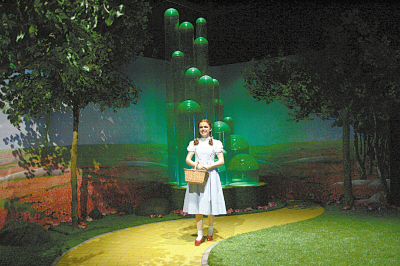 3日, 新奇的4D电影《绿野仙踪》在美国纽约的杜莎夫人蜡像馆试映图片